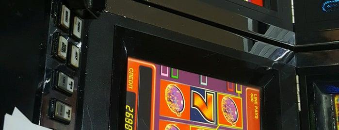 Sema Casino is one of Lugares favoritos de Sergen.