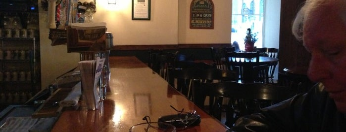 Flannery's Tavern On The Square is one of Fav Spots.