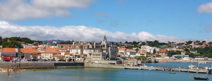 Baía de Cascais is one of Lizbon-Porto.
