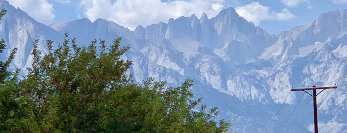 Mount Whitney is one of Brad 님이 좋아한 장소.