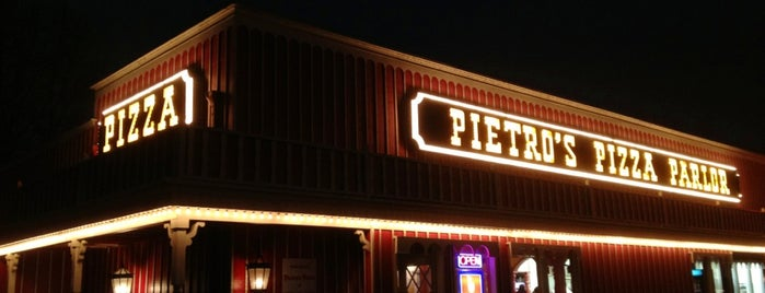 Pietro's Pizza is one of Neon/Signs West 3.