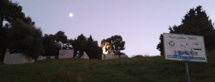 Parco del Pincio is one of Lieux qui ont plu à Jonathon.