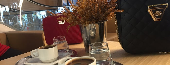 Vanilin Chocolate is one of Serdar Gultekin : понравившиеся места.