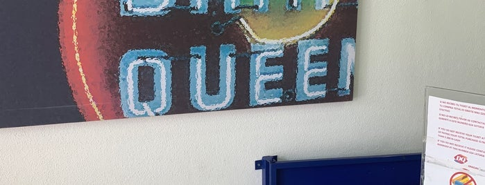 Dairy Queen Centro is one of Tempat yang Disukai Laura.