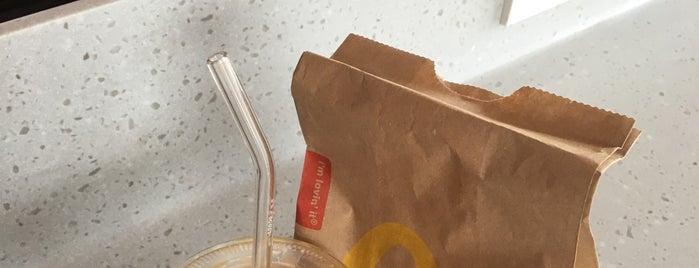 McDonald's is one of Posti che sono piaciuti a Yodpha.