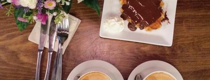 La Rollerie is one of Desayunos, Brunch y Meriendas en Madrid ☕️💗.