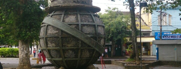 Praça Leoni Ramos is one of Will César 님이 좋아한 장소.
