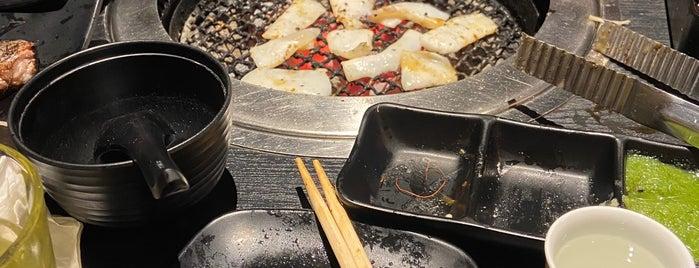 Rocku Yakiniku is one of Orte, die Adrian gefallen.