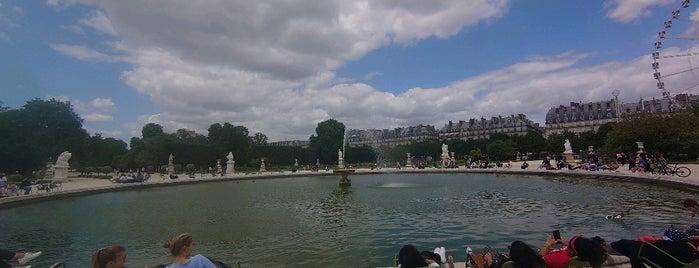 Grand Bassin Rond is one of Locais curtidos por Alejandro.
