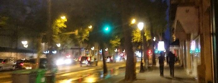 Boulevard de Magenta is one of Paris.