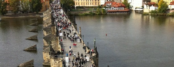 Karlův most | Charles Bridge is one of Favorite Places Around the World.