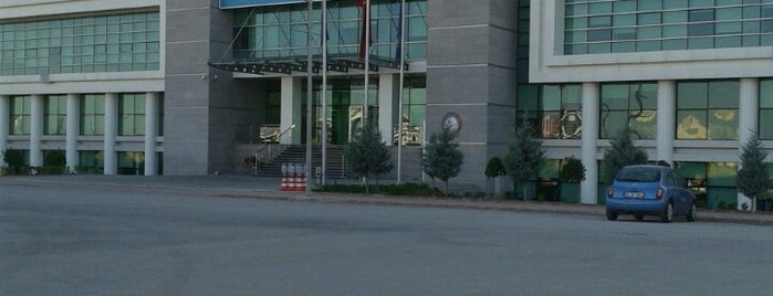 KTO Karatay Üniversitesi is one of Metin : понравившиеся места.
