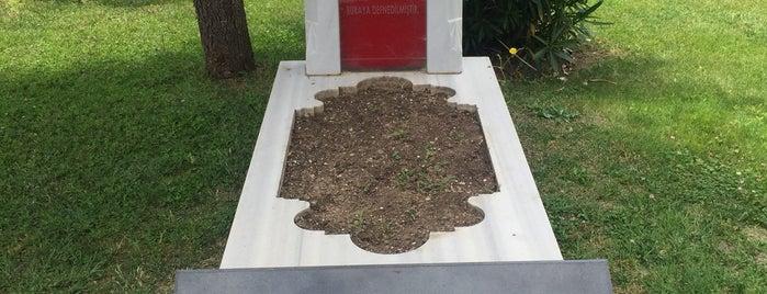 Meçhul Asker Anıtı is one of B'ın Beğendiği Mekanlar.