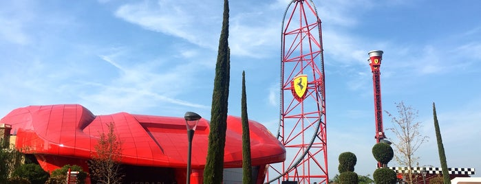 Ferrari Land is one of Irina 님이 좋아한 장소.