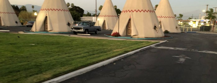 Wigwam Motel is one of COVID Road Trip.