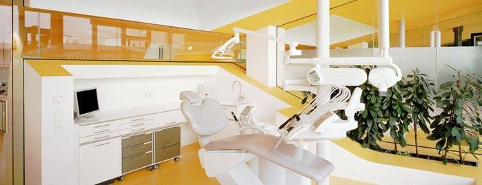 KU64 - Die Zahnspezialisten (Zahnarzt) is one of Orte, die Jens gefallen.
