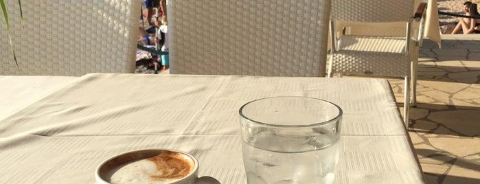 Sveti Jakov cafe-restaurant-beach bar is one of Selim 님이 좋아한 장소.