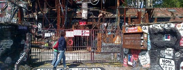 La Demeure du Chaos is one of Crazy Places.