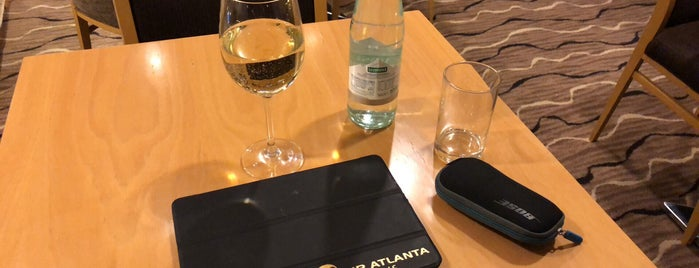 Executive Lounge is one of Milan.
