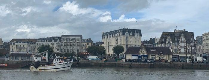 Casino Barrière de Trouville is one of Jules 님이 좋아한 장소.