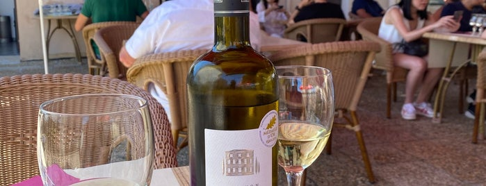 Brasserie Du Plateau is one of Provence France.