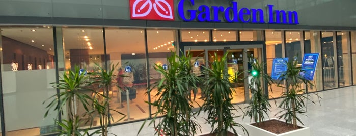 Hilton Garden Inn Frankfurt Airport is one of Hotels 2.