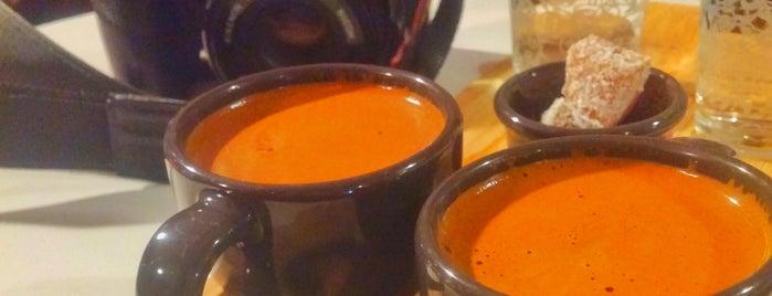 Mephisto Cafe is one of Lugares favoritos de Figen.