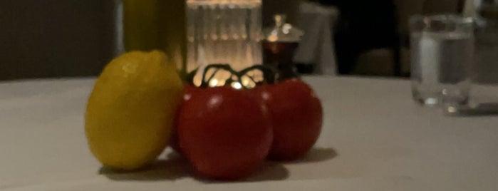 LPM Restaurant & Bar is one of Abu Dhabi Food.