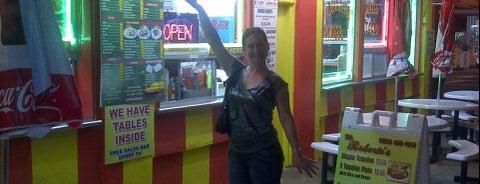 Ruriberto's Taco Shop is one of Tempat yang Disukai Andrew.