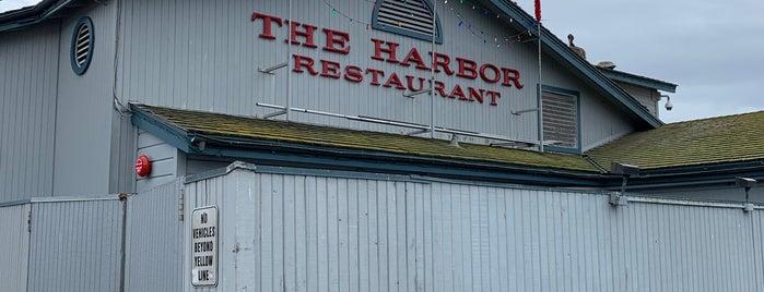 Harbor Restaurant is one of Orte, die Robert gefallen.