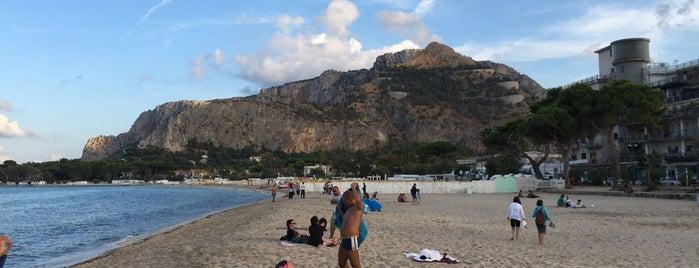 Spiaggia di Mondello is one of Italia: Sicilia.