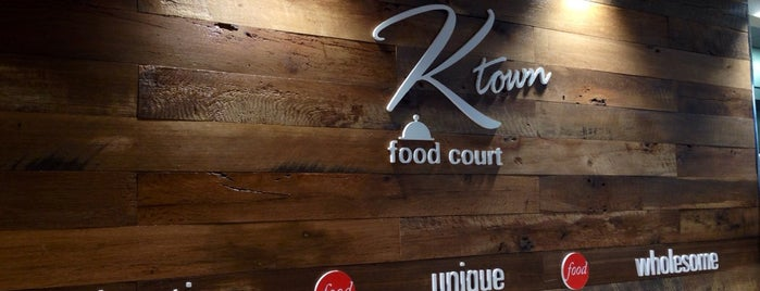 K-Town Food Court is one of Lugares favoritos de Montana.
