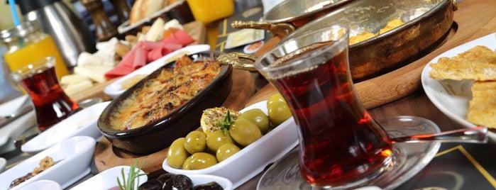 Big Yellow Taxi is one of Konya'da Café ve Yemek Keyfi.