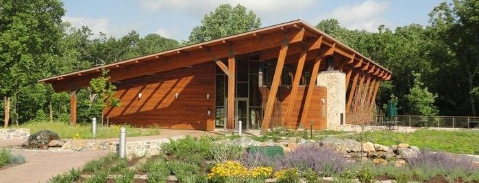 Robinson Nature Center is one of Locais curtidos por Lindsey.