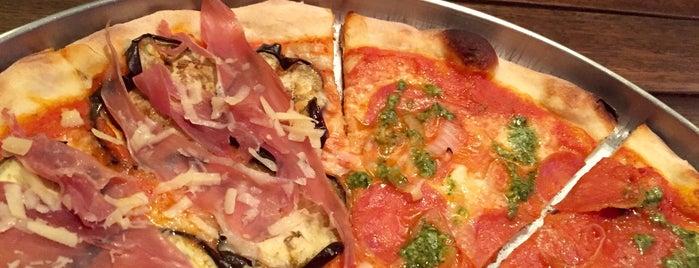 A'Roma Pizzeria is one of Posti salvati di Marcelo.
