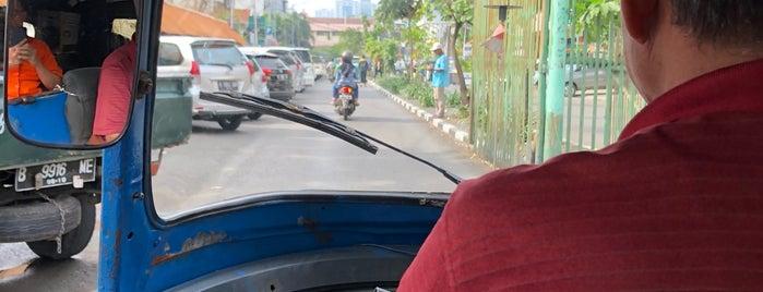 Kantor Pos Pusat Jakarta is one of Orte, die Arie gefallen.