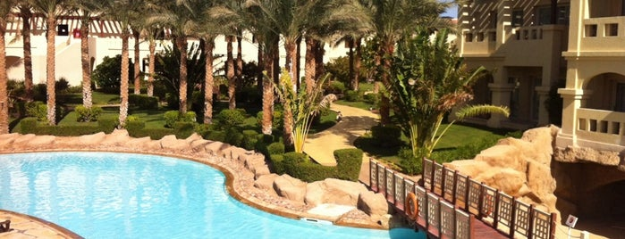 Lagoon Pool at Rixos Sharm El Sheikh is one of Locais curtidos por Manu.