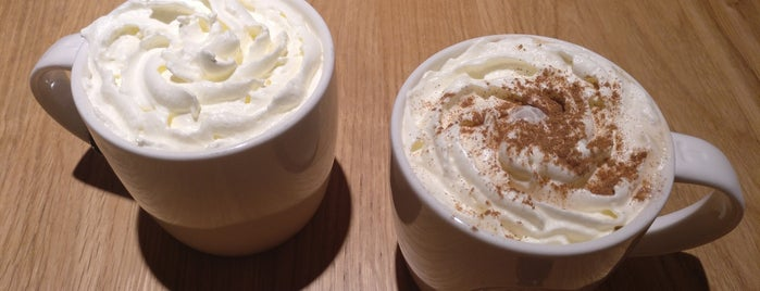 Starbucks is one of Lieux qui ont plu à Samuel.