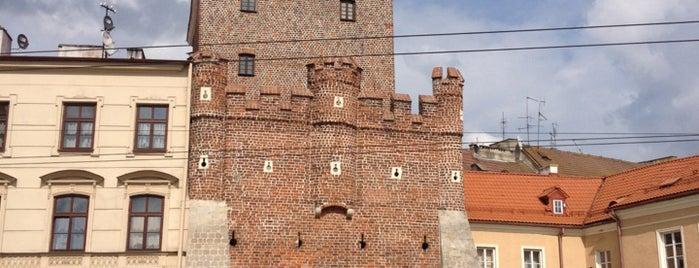 Rynek Starego Miasta is one of DBPS.