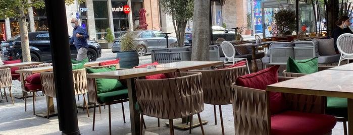 Ferida Restaurant is one of Ibrahim'in Kaydettiği Mekanlar.