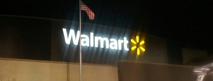 Walmart Supercenter is one of สถานที่ที่ Wendi ถูกใจ.