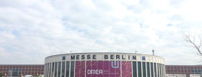 Halle 2 | Messe Berlin is one of สถานที่ที่ k&k ถูกใจ.