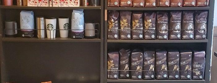 Starbucks is one of สถานที่ที่ Will ถูกใจ.
