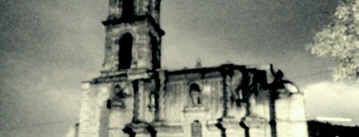 Iglesia de La Preciosa Sangre de Cristo is one of สถานที่ที่ Hilda ถูกใจ.