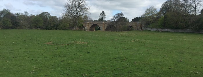 Chesters Bridge is one of Lieux qui ont plu à Carl.