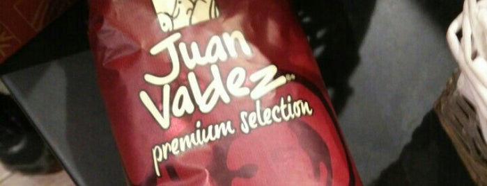 Juan Valdez Café is one of CAFÉ top places.