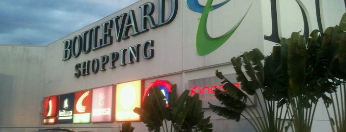 Boulevard Shopping is one of Orte, die Claudinho gefallen.