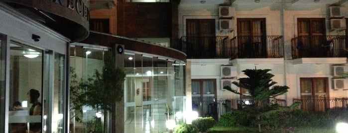 Poseidon Club Hotel is one of Locais curtidos por Spiker Sunucu.
