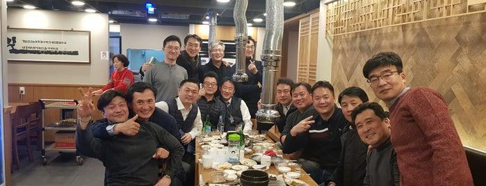 언양불고기 is one of สถานที่ที่บันทึกไว้ของ Younglae.