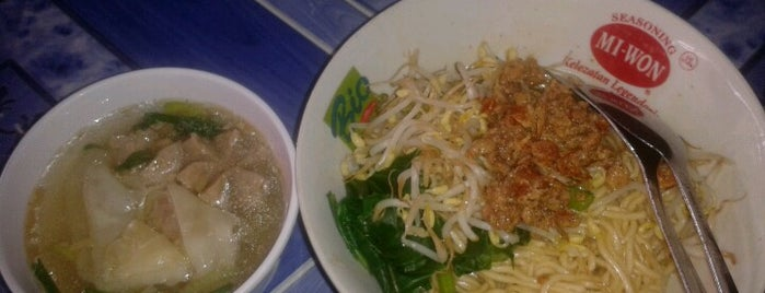 Mie Ayam Bangka Pak Harun is one of Ammyta 님이 좋아한 장소.